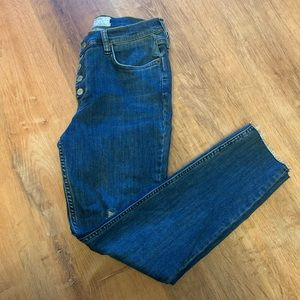 Free People Distressed Skinny Jeans Size W30!!!